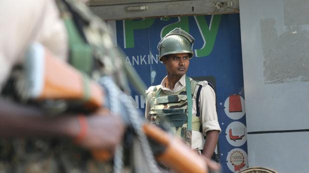 Kašmir, vlasti ponovo ograničile slobodu kretanja