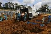 Katastrofa: Svi pacijenti umrli. Vlasti kopaju masovne grobnice