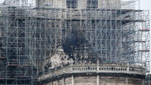 Katedrala Notr Dam nakon požara (FOTO)