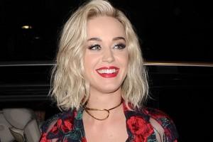 Katy Perry: Sa devojkom se nisam samo poljubila