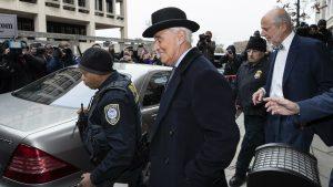 Kazna od 40 meseci zatvora za Rodžera Stona, saveznika predsednika SAD