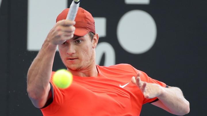 Kecmanović u osmini finala turnira u Vinston-Sejlemu