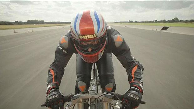 Novi svetski rekord u brzini vožnje biciklom