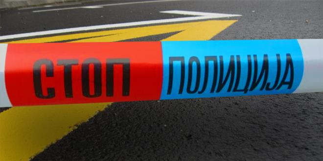 Kikinda: Mladić skočio sa zgrade, pao na automobil i preživeo