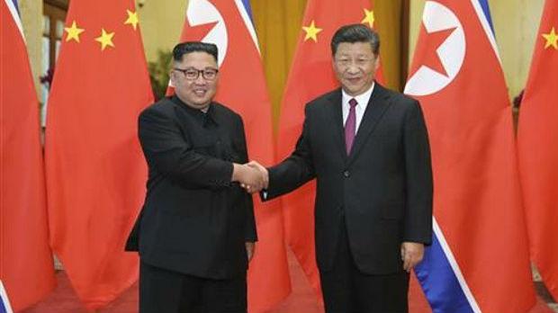 Kim i Si razgovarali na samitu Pekingu