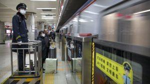 Kina zbog virusa zatvara delove Kineskog zida