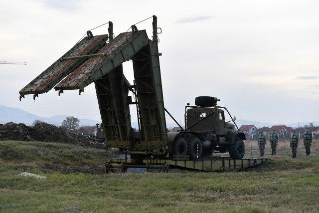 Kineske mašine ojačale inženjeriju Vojske Srbije FOTO