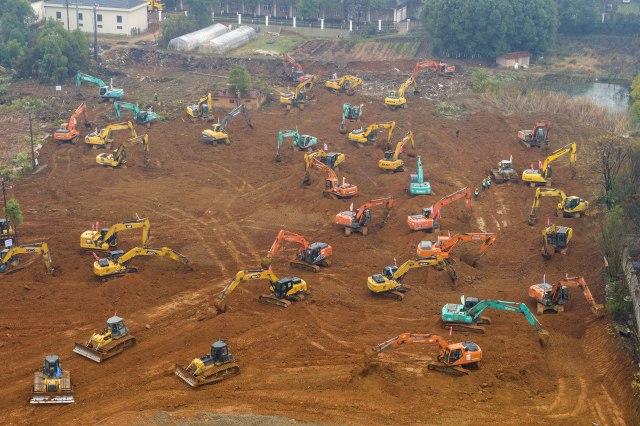 Kinezi će za pet dana izgraditi novu bolnicu zbog koronavirusa, fascinantne scene sa gradilišta FOTO