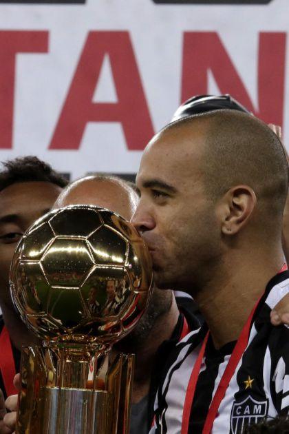 Kinezi kaznili Brazilca utakmicom suspenzije jer je dodirnuo lice!?