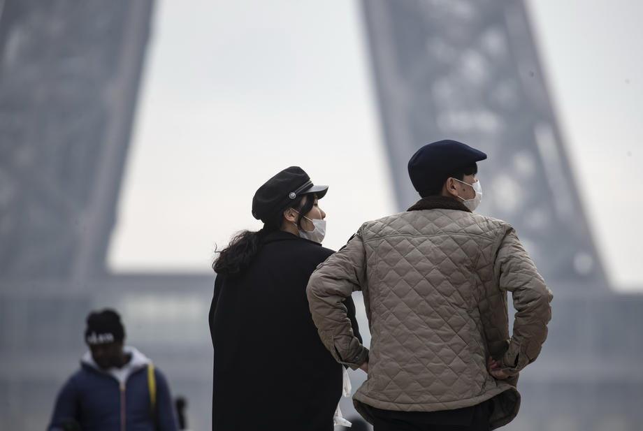 Kinezi otkazali novogodišnju paradu u Parizu