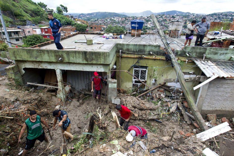 Kiše, poplave i klizišta u Brazilu, 37 osoba nastradalo