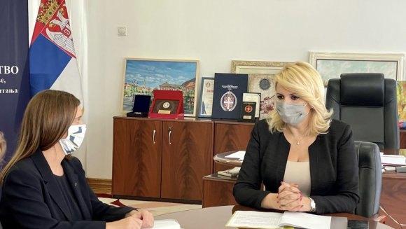 Kisić i Stujart: Uskoro sporazum o osiguranju sa Australijom