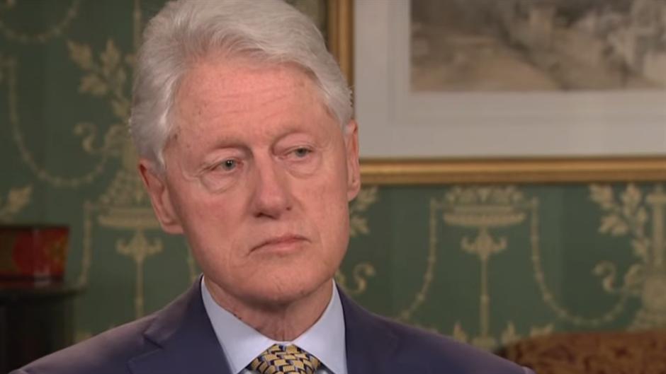 Klinton PERVERZNJAK!? 26 puta dolazio na OSTRVO GREHA
