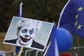 Ključa u VB: Demonstranti idu ka parlamentu, žele novi referendum, ismevaju političare FOTO