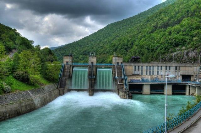 Ko i zašto opstruira energetsku saradnju u regionu?