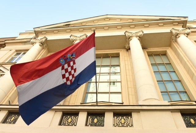 Ko u Zagrebu zarađuje skoro 3.000 evra mesečno?