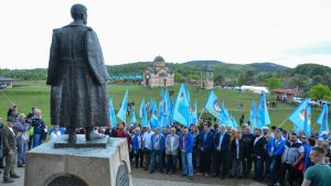 Koalicija POKS, DSS i 19 pokreta, stranaka i udruženja održala skup na Ravnoj Gori