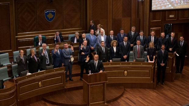 Koha: Haradinajev kabinet potrošio oko 700.000 evra za ručkove