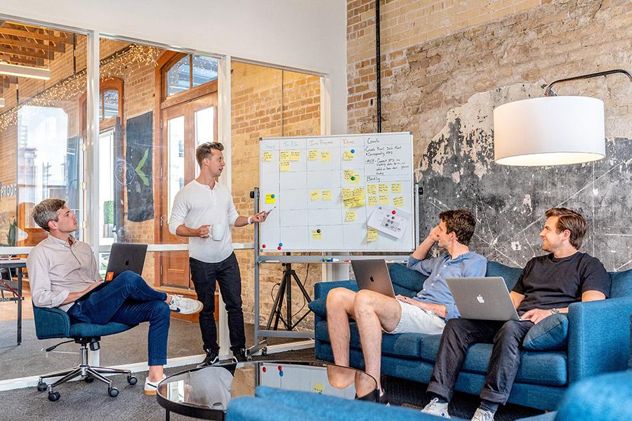 Koje su razlike: Raditi za korporaciju nasuprot start-upu
