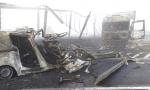 Kola u plamenu, putnici poginuli na licu mesta: Užas u Mađarskoj posle sudara sa kamionom srpskih tablica (FOTO/VIDEO)