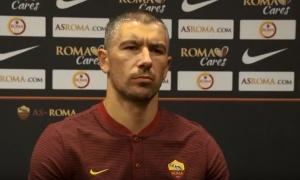 Kolarov se upisao u strelce u rimskom fudbalskom derbiju (VIDEO)