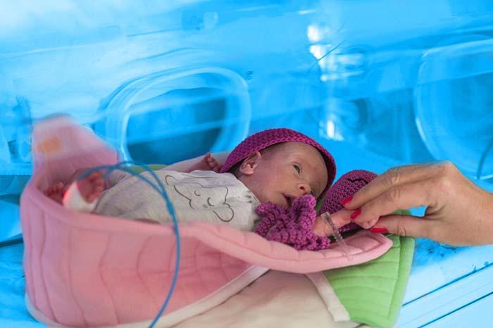 Kompanija Delez Srbija donirala UNICEF-u sredstva za modernizaciju i opremanje neonatalnih jedinica u Srbiji