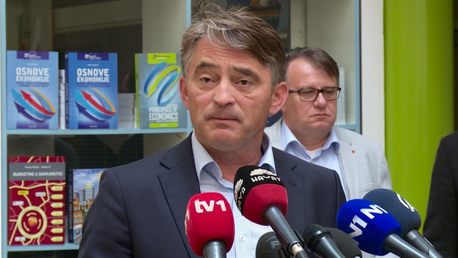 Komšić: BiH treba da prizna Kosovo, ali je Dodik protiv