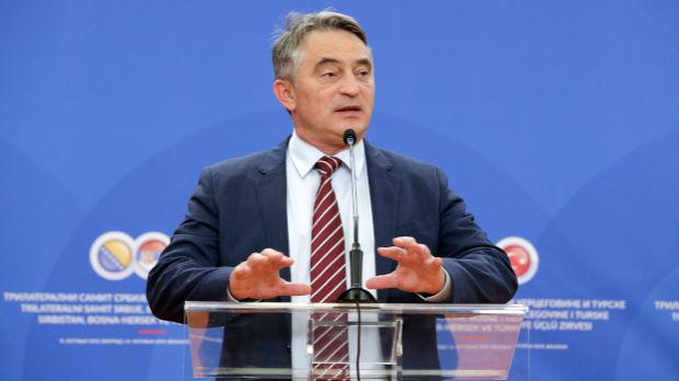 Komšić će pozvati ambasadora Francuske na razgovor zbog Makronove izjave