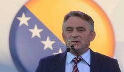 Komšić rekao Makronu da njegove izjave o BiH nisu tačne