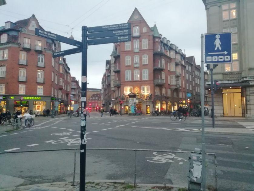 Kopenhagen: Radikalni desničari zapalili Kuran tokom iftara