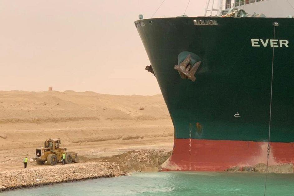 Korona i blokada Sueckog kanala izazvale nestašice