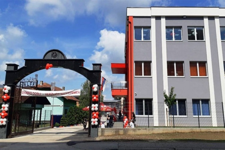 Korona obustavila rad fabrike u Modriči