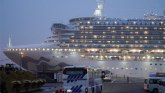 Korona virus: Ko su prvi putnici koji su izašli sa broda iz karantina