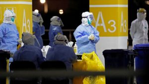 Korona virus: Krizni štab u Srbiji razmatra još strože mere, Francuska polako ukida ograničenja