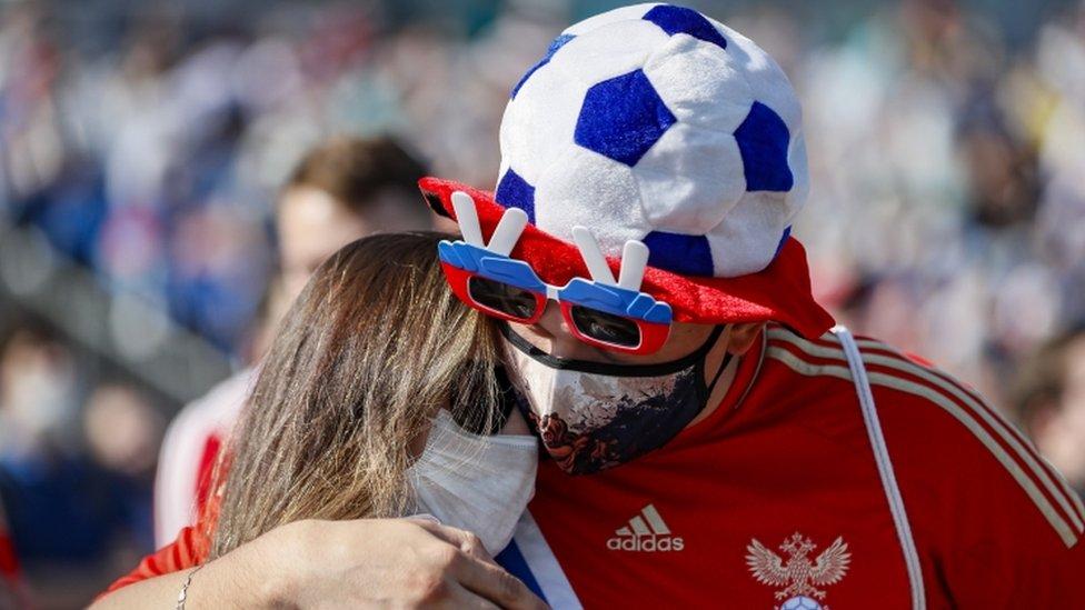 Korona virus, Rusija, EURO 2020 u fudbalu: Zabrinjavajući skok broja slučajeva Kovida ohladio rusku fudbalsku groznicu