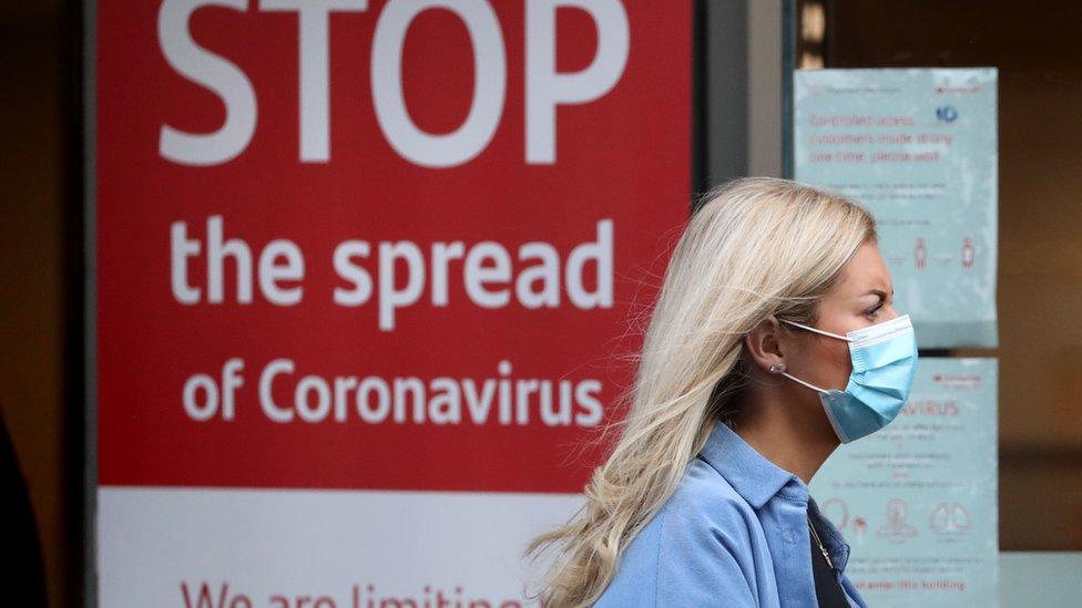 Korona virus: Sve više nosilaca zaraze u Srbiji – u Americi 100.000 zaraženih u jednom danu