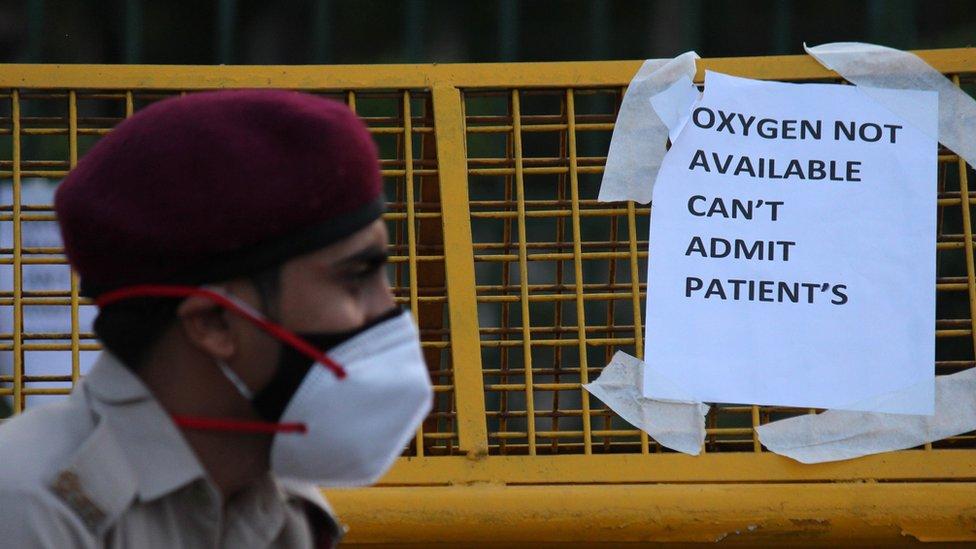 """Korona virus: U Srbiji manje zaraženih, Evropa se """"otključava"""", u Indiji vape za kiseonikom"""