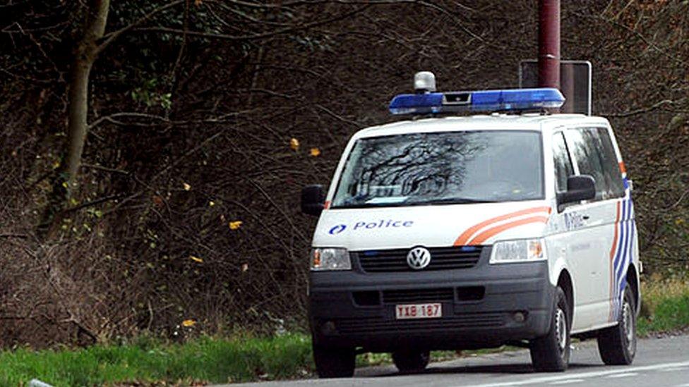 Korona virus i Belgija: Policija traga za naoružanim vojnikom zbog pretnji vodećem belgijskom virusologu