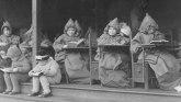 Korona virus i škole: Učenje na otvorenom kao odgovor na smrtonosnu bolest pre 100 godina