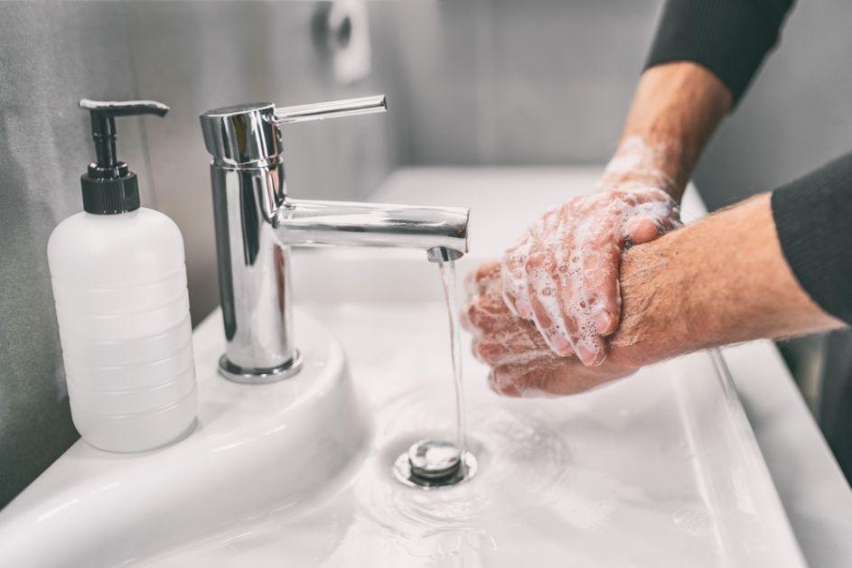 Korona virus na koži ostaje devet sati i višestruko je zarazniji od gripa
