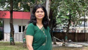 Korona virus, škola i Indija: Nastavnica poklonila stotine pametnih telefona da pomogne siromašnijim đacima u učenju tokom pandemije