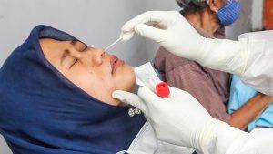 Korona virus, testovi i Indonezija: Oko 9.000 putnika testirano korišćenim štapićima za briseve