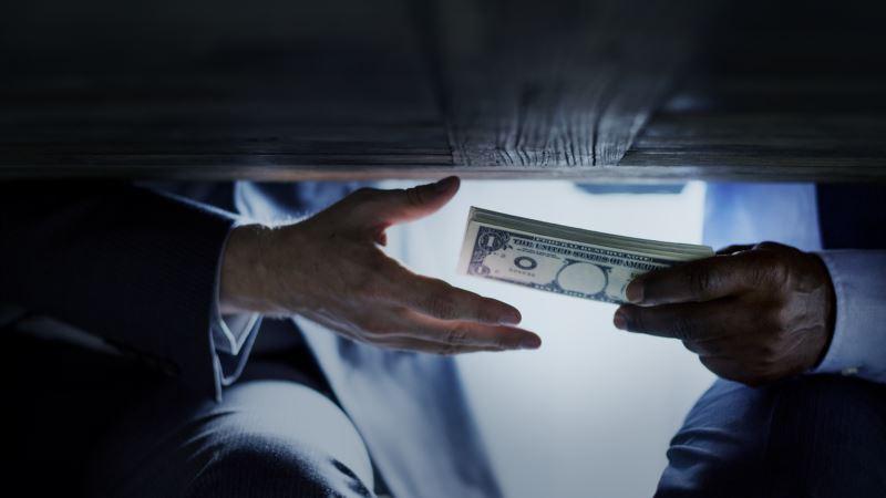 Korupcija u svim porama društva