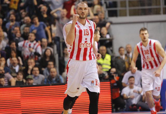 Košarkaš Zvezde stao u odbranu Dangubića: On je moj brat!