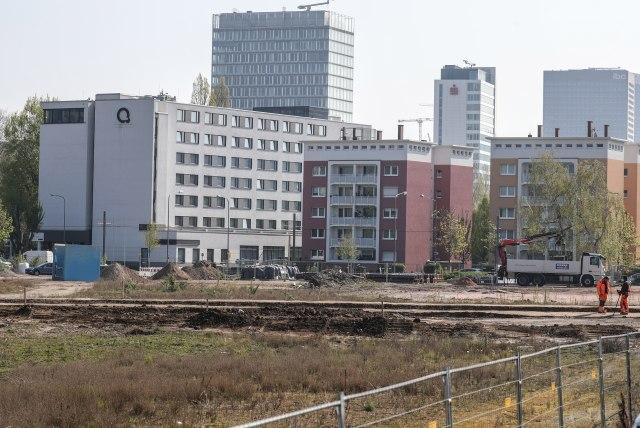 Košnice u zgradi: Ko je nadležan i šta sme da se drži na terasi? VIDEO