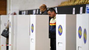 Kosovo: Na izborima 21 stranka, pet građanskih inicijativa i dve koalicije