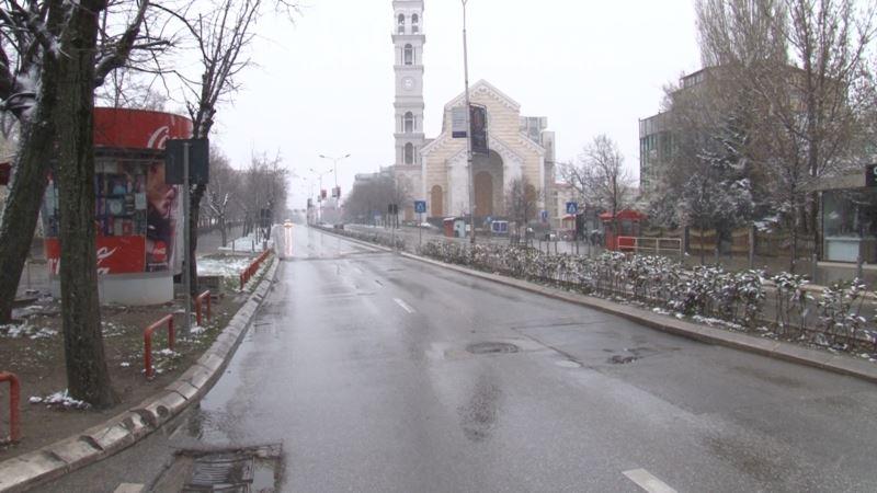 Kosovo: Stupila na snagu zabrana kretanja čiju ustavnost preispituje predsednik Tači