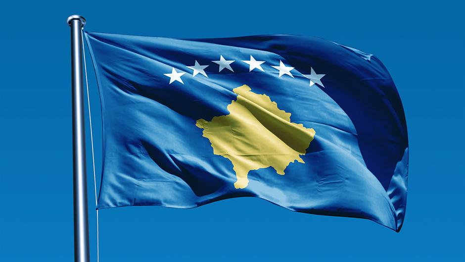 Kosovska zastava zamenila albansku uz negodovanje i proteste