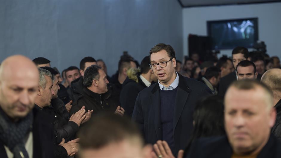 Kosovski mediji: Zaposleni moraju da dođu na Vučićev miting