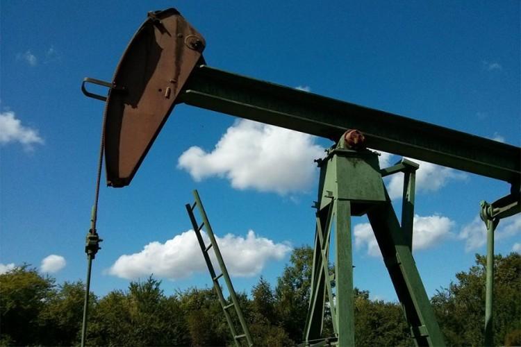 Kovid-19 ponovo srušio cijenu nafte